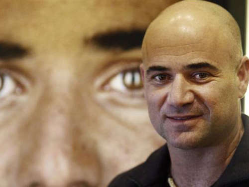 Agassi ist sauer auf Armstrong