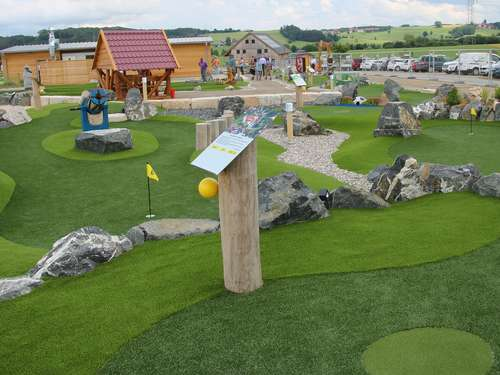 Neue Outdoorattraktion: Adventure Golfpark in Ottobeuren öffnet